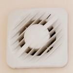 Salle de bains: pourquoi faut-il installer un extracteur d'humidité?