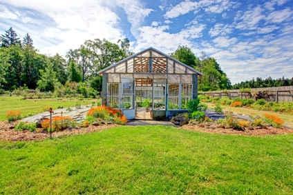 Quelques conseils pour bien choisir une serre de jardin - Comment choisir une serre de jardin ...