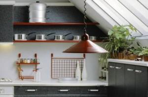comment optimiser le rangement dans les petits espaces maison confort. Black Bedroom Furniture Sets. Home Design Ideas