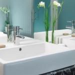 Vasque ou lavabo: que choisir pour votre salle de bains?
