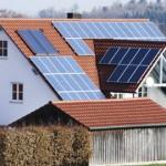 Faut-il installer des panneaux photovoltaïques sur son toit ?