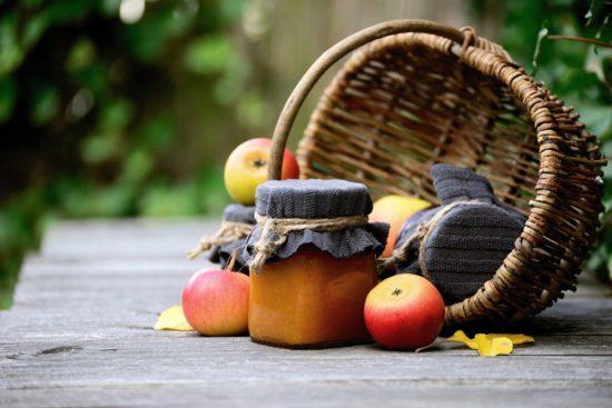 fruits et confitures en automne