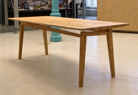 Table basse réalisée par l'association Talfeboom.